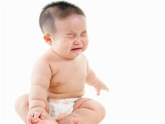 8 dấu hiệu quan trọng cho thấy trẻ sơ sinh đang có vấn đề về sức khỏe, mẹ không thể lơ là