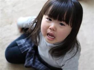 9 câu cửa miệng của cha mẹ khiến trẻ nhụt chí, tổn thương, lớn lên bất tài, vô dụng