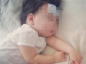 Bé trai 18 tháng tuổi sốt, hôn mê và phải nhập viện cấp cứu sau khi tiêm vắc xin 1 ngày, bác sĩ lên tiếng khuyến cáo