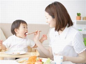 Bí quyết giúp mẹ chăm con nhỏ nhàn tênh dịp Tết