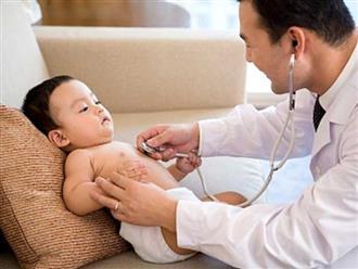 Các giai đoạn phát triển của trẻ trong 1 năm đầu đời, mẹ nên ghi vào sổ