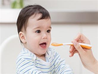 Cách nấu cháo cho bé 1 tuổi giúp bé ăn ngon và chóng lớn