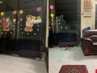 Cảnh báo: Nguy hiểm rình rập ở những cánh cửa có thể gây hại cho trẻ bất cứ lúc nào