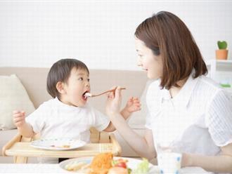 Cảnh báo: Vì mẹ yêu con kiểu này đã khiến bé mới 9 tháng bị bại não