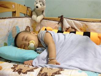 Cho con ngủ cũi từ khi lọt lòng, mẹ Việt mất đúng 1 tuần để luyện con tự ngủ từ 7 rưỡi tối đến sáng