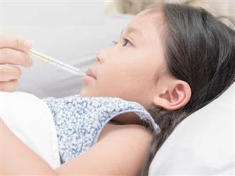 Chườm lạnh hạ sốt cho trẻ có tốt không?
