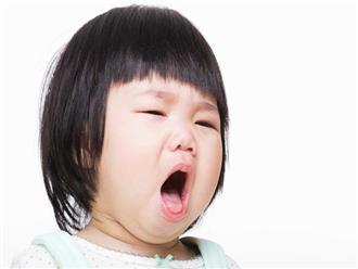 Con thở khò khè và suýt mất mạng, mẹ cảnh báo về sự nguy hiểm của món ăn vặt đứa trẻ nào cũng ghiền