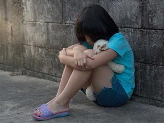 Dạy con kỷ luật: Cha mẹ dùng lời lẽ cay nghiệt với con sẽ để lại hậu quả gì?