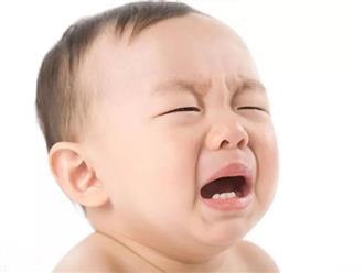 """""""Điểm mặt"""" những dấu hiệu trẻ mọc răng sữa bố mẹ cần biết"""