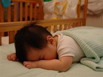 """Đoán tính cách bé yêu """"cực chuẩn"""" qua cách nằm ngủ thường ngày của con"""