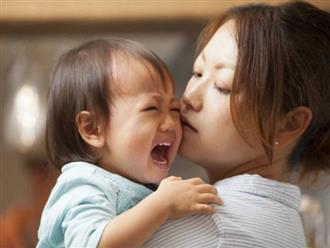 Khi con chưa tròn 3 tuổi, có 3 kiểu người dù thân thiết tới mấy cũng phải tránh xa
