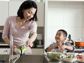 Không cho con làm việc nhà, cha mẹ đã tước đi cơ hội xây dựng nền móng để con trở thành người sống có trách nhiệm trong tương lai