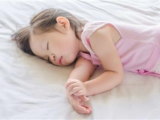 Lợi ích bất ngờ khi cho trẻ ngủ trong cũi đến năm 3 tuổi