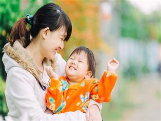 Lợi ích bí mật khi có một đứa trẻ bám mẹ mà bà mẹ nào cũng nên tận hưởng