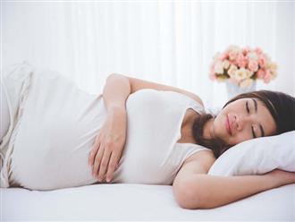 Mẹ bầu muốn được thoải mái khi ngủ, sáng dậy đi khám con đã ngạt thở trong bụng
