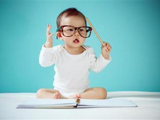 Nếu khiến cho đứa trẻ sơ sinh cười được trong tháng này, mẹ hãy mừng vì IQ bé cực cao