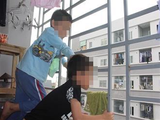 Nghe tiếng khóc thất thanh từ cửa sổ tầng 5, ai cũng sợ hãi khi nhìn tình trạng đứa trẻ