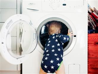 Nghĩ máy giặt là tàu vũ trụ, cậu bé 3 tuổi chui vào và mắc kẹt trong đó không thể ra ngoài