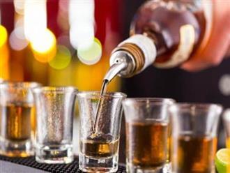 Nghiên cứu tiết lộ: Uống rượu gây thiếu vitamin B1, dẫn đến căn bệnh nguy hiểm khi có tuổi