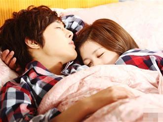 Nhìn vào tư thế ngủ biết ngay vợ chồng hạnh phúc, có chết cũng không rời xa