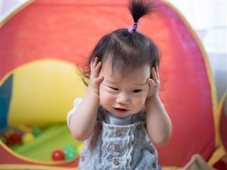 Sai lầm nhiều người mắc khi trị viêm tai giữa cho con, cha mẹ cần tránh ngay kẻo hối hận chẳng kịp