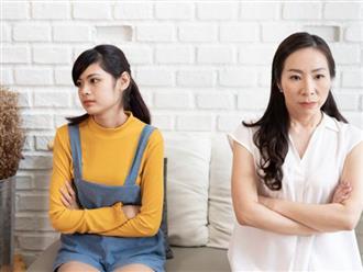"""Thấy chị dâu dạy con lệch lạc, tôi giận sôi gan cãi nhau với chị nhưng không ngờ anh trai nói một câu làm tôi """"muối mặt"""" im lặng"""