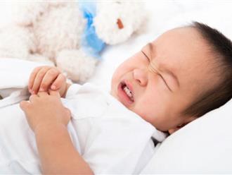 Trẻ bị viêm màng não hôn mê sâu do nhiễm vi khuẩn dính trên máy hút sữa lời cảnh báo tới các bà mẹ