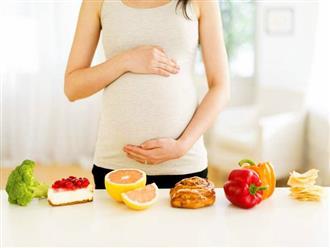 Uống axit folic mỗi ngày để phòng thai dị tật, nhưng cả gia đình đã cực sốc khi em bé chào đời
