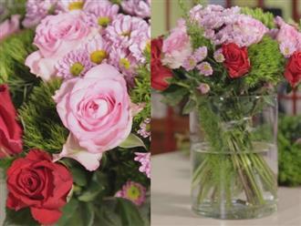 Mách chị em cách cắm hoa thả bình dạng tròn đơn giản chỉ mất vài phút