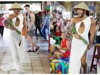 Phát sốt với chàng trai đi catwalk đẹp hơn siêu mẫu 'quẩy tung' chợ Bến Thành