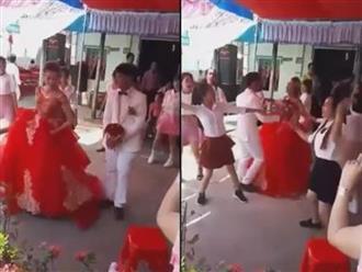 Cô dâu cùng hội chị em 'quẩy' tưng bừng trên nền nhạc 'Mình cưới nhau đi' khiến dân mạng phấn khích