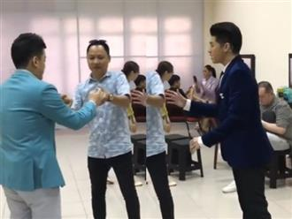 Lam Trường rủ Noo Phước Thịnh và nhạc sĩ Nguyễn Hải Phong trở về tuổi thơ với trò chơi con quay