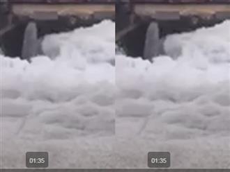 Cận cảnh trạm bơm xả nước đen ngòm vào dòng sông 'tuyết' ở Hà Nam