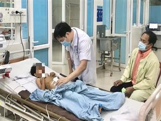 Quảng Ngãi: Mắc chứng bệnh lạ, cháu bé may mắn được cứu sau cuộc phẫu thuật