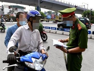 Chuyện lạ: Hai người đàn ông ở Tiền Giang được cấp giấy đi đường để... khám thai
