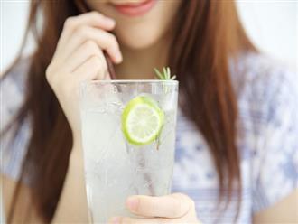 Đây là những lợi ích không ngờ từ việc uống một ly nước chanh mỗi ngày, nhất là trước khi đi ngủ