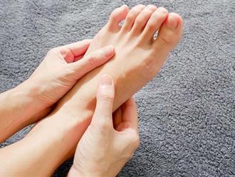 """6 dấu hiệu dễ thấy ở bàn chân cảnh báo bạn có thể đang mang """"trọng bệnh"""""""