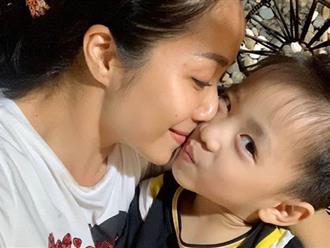 Con trai Ốc Thanh Vân đòi đi ăn xin ở Dubai, nhìn mái tóc của cậu bé, mọi người vừa cười vừa phục cách nuôi dạy con của nữ MC