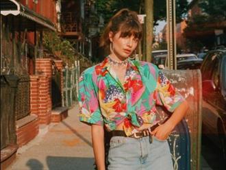 """Kiểu áo sơ mi """"bỏ bùa"""" gái Pháp: Mặc lên trẻ ra mấy tuổi, độ thanh lịch thì miễn chê"""