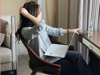 Ở nhà giãn cách: Da sẽ rất nhanh già nếu làm việc với máy tính cả ngày mà không thực hiện những điều sau