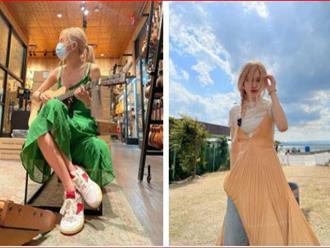 """Rosé diện váy maxi dài thượt mà không bị dìm dáng, hóa ra stylist đã chơi chiêu quá khéo """"đánh đố"""" netizen"""