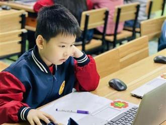 Chủ tịch Hà Nội yêu cầu chuẩn bị sẵn sàng cho việc học trực tuyến