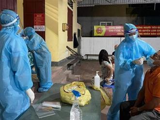 Một nhân viên điều dưỡng tại Bệnh viện Bắc Thăng Long (Hà Nội) đã có kết quả dương tính SARS-CoV-2; TP.HCM ghi thêm 544 ca nhiễm mới...