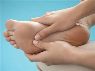 7 dấu hiệu ở bàn chân cảnh báo cơ thể đang gặp nguy, cần chú ý nhất là lá gan