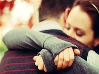 Cách bày tỏ tình cảm yêu thương vợ chồng mỗi ngày