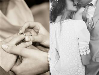 Chiếc nhẫn cưới không còn trên ngón tay chồng