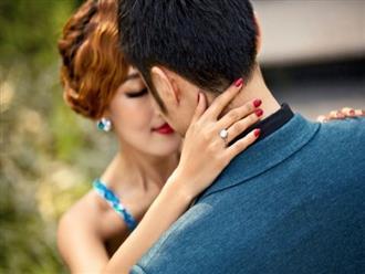 5 thói quen khó bỏ của đàn ông chung thủy khi về nhà