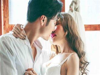 'Đôi bàn tay quyền lực' hay 'nụ hôn ướt át' có sức mạnh lớn hơn trong phòng ngủ? Hãy nghe các cặp vợ chồng chia sẻ, bạn sẽ bất ngờ