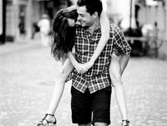 Dù có yêu nhau đến mấy, các cặp đôi cần tránh làm 7 điều sau trên mạng xã hội