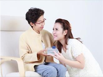 Tại sao con dâu phải chăm sóc bố mẹ chồng?
